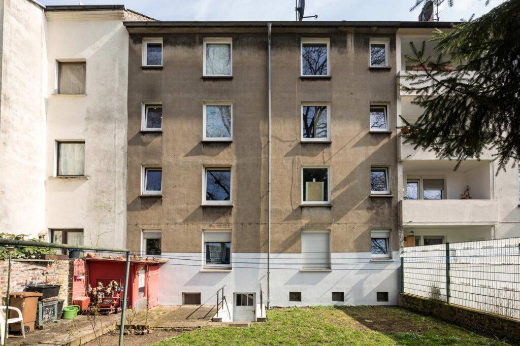 2020 12 E Haus Berge Str 04